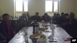 ماما نجف از هوتل داران بامیان میگوید تاکنون که بصورت پراکنده فعالیت میکرد، مشکلات زیادی داشتند.