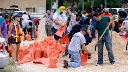 """Cabo-verdianos na Flórida """"esperam"""" Irma com preocupação - 1:34"""