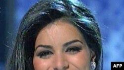 Cô Rima Fakih, 24 tuổi, người Li Băng nhập cư, đoạt danh hiệu hoa hậu Mỹ