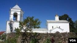 ილორის ეკლესია ოკუპანტებმა თეთრად გადაღებეს და რუსული გუმბათი დაადგეს