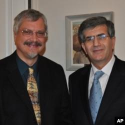 Πρέσβης Π. Αναστασιάδης με T. Davis