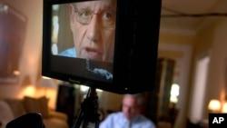 Bob Woodward da una entrevista a un medio de comunicación. El veterano periodista denuncia amenazas de la Casa Blanca.