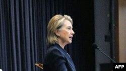 Hillari Klinton Şimali Koreyanı gəmi batırdığına görə pisləyib