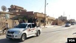 Hêzên Kurd li bajarê Heseke