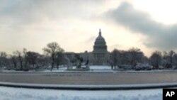 واشنگٹن ڈی سی میں برف باری، کیپیٹول ہِل کا منظر