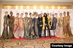 "Desainer Meggie Hadiyanto gelar koleksi bertema ""Wayang"" di ajang Couture Fashion Week di New York (dok: Meggie Hadiyanto)"
