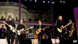 Los Lobos na nastupu u Bijeloj kući, 2009. godine