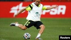 El conjunto español buscará defender el título con 16 jugadores que ya se coronaron campeones en 2010, entre ellos Xavi Hernández.