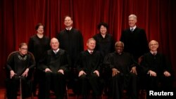 دوره ۹ ماهه کاری قضات دیوان عالی آمریکا آخر ماه جاری میلادی (ژوئن) به پایان می رسد.