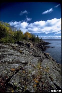 The rocky coast of Isle Royale