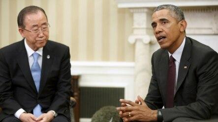联合国秘书长潘基文(左)和美国总统奥巴马在白宫会晤后与记者见面 (2015年8月4日)