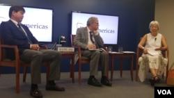 영국의 국제전략연구소(IISS) 미국사무소에서 20일 열린 북한 토론회 (왼쪽부터 이석수 한국 국방대학 안보문제연구소장, 마크 피츠패트릭 IISS 미국소장, 오공단 미 국방연구원(IDA) 책임연구원
