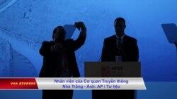 3 nhân viên Bạch Ốc 'tiếp xúc trái luật' với phụ nữ trong chuyến APEC