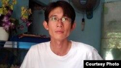 Blogger Vietnam Dinh Nhat Uy holds dinyatakan bersalah oleh pengadilan hari Selasa (29/10).