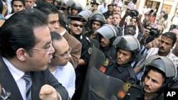 埃及民權團體稱當局鎮壓反對派