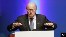 FIFA President Sepp Blatter speaks during the 24th Asian Football Confederation (AFC) congress in Doha, 6 Jan 2011