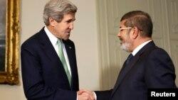 Davlat kotibi Jon Kerri, Misr rahbari Muhammad Mursiy