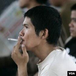 Pengenaan cukai hasil tembakau idealnya untuk mengurangi konsumsi rokok di masyarakat.