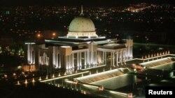 په ترکمنستان کې د ویستر یونین د سیستم له لارې له بهر څخه استول شوي اسعار د جون د میاشتې راهیسې یواځې په داخلي پیسو ورکول کیږي