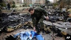 Los civiles aseguran que la lucha es constante y que las explosiones no paran en los sectores tomados por los rebeldes.