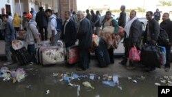لیبیا نے سرحدوں کی نگرانی سخت کردی ، پناہ گزینوں کے انخلاء میں کمی