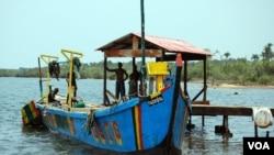 Liberian fishing boat. (Conservation International)