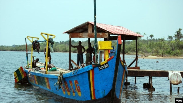 Liberian fishing boat. (Conservation International)