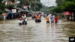 1일 미얀마 양곤 북동부 방고 지역이 홍수로 범람한 모습.