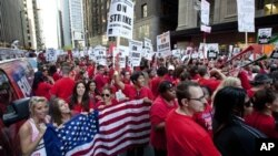芝加哥教师9月10日走出学校举行罢工