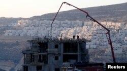 지난 22일 요르단 서안지구의 유대인 정착촌 건설 현장.