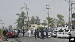 汽車炸彈爆炸4人死亡。