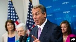 Chủ tịch Hạ viện John Boehner và các thành viên đảng Cộng hòa yêu cầu Quốc hội và thành viên đảng Dân chủ trong Quốc hội thương thảo về cách mở cửa lại các cơ quan chính phủ, 4/10/13