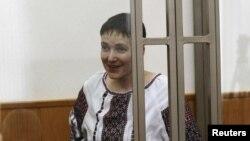 Pilot Ukraina yang ditahan di Rusia, Nadiya Savchenko (Foto: dok).