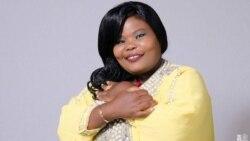 Mumwe Wemadzimai Vanoita Zvemitambo Gonyeti Ofadza Vazhinji
