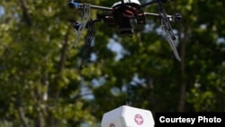 美國一架無人機運送藥品資料照。