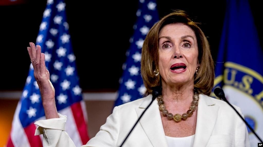 美国会众议院议长佩洛西2019年7月11日在国会大厦会见记者。