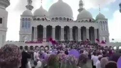 宁夏同心政府出动武警强制拆除清真寺,当地穆斯林涌入清真寺进行抗议