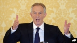 L'ex-Premier ministre britannique Tony Blair lors d'une conférence de presse à l'Admiralty House, Londres, réagissant au rapport d'enquête sur l'Irak, le mercredi 6 juillet 2016