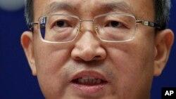왕셔우원 중국 상무부 부부장이 25일 베이징에서 기자회견을 했다.