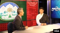 Kunleng host Dorje Tseten interview with Sikyong Lobsang Sangay, prime minister of the Tibetan government-in-exile