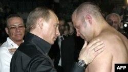 Жан Клод Ван-Дамм, Владимир Путин, Федор Емельяненко. Архивное фото
