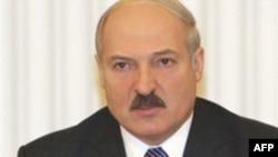 BE izolon Lukashenkon