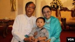 Htin Kyaw (kiri), menjadi Presiden terpilih Myanmar pertama dari kalangan sipil (foto: dok).
