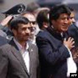 محمود احمدی نژاد بعد از بوليوی وارد ونزوئلا شد