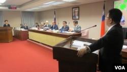 台灣立法院內政委員會11月7號質詢的情形。