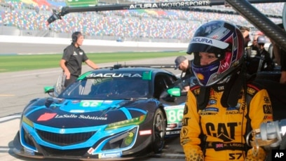 Daytona Dog Track >> Female Team To Compete In Major Car Race In Daytona Florida