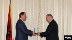 Albania's president awards medal to VOA journalist Ilir Ikonomi