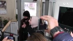 Aclıq aksiyası keçirən jurnalist Polad Aslanov hakimə etiraz edib