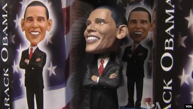 Toko suvenir di Washington DC memperkirakan hari pelantikan terbesar kedua dalam sejarah AS, kedua setelah pelantikan Obama pertama kalinya.