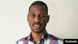 José Borges estuda Comunicação e Relações Públicas no Instituto Politécnico da Guarda, em Portugal.